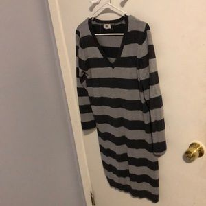 Stripped old navy long sleeve dress